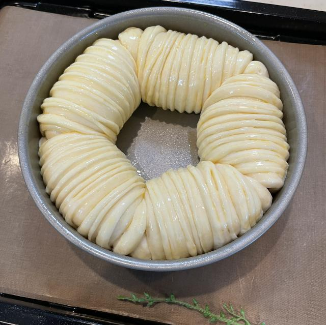 あまーいリンゴたっぷりのアップルウールロールパン11