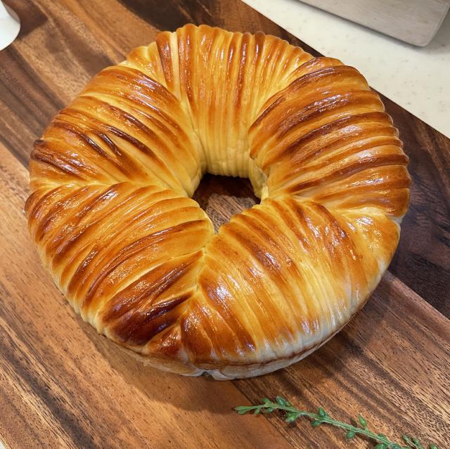 あまーいリンゴたっぷりのアップルウールロールパン