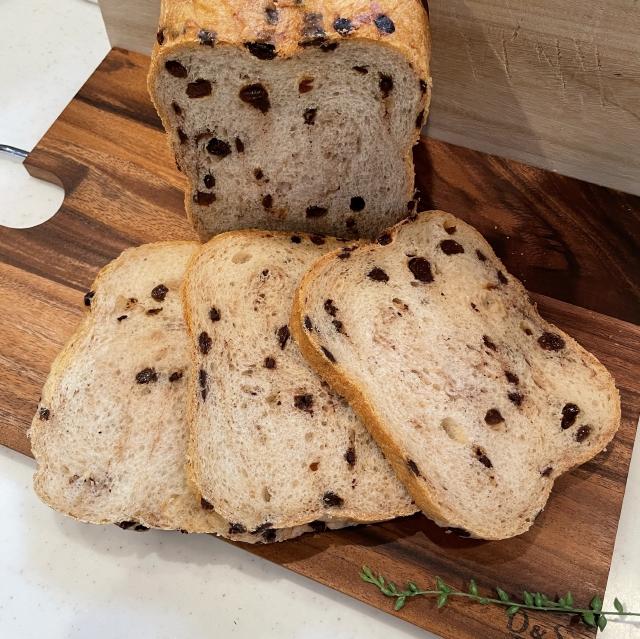 HBで作るチョコとレーズンの食パン
