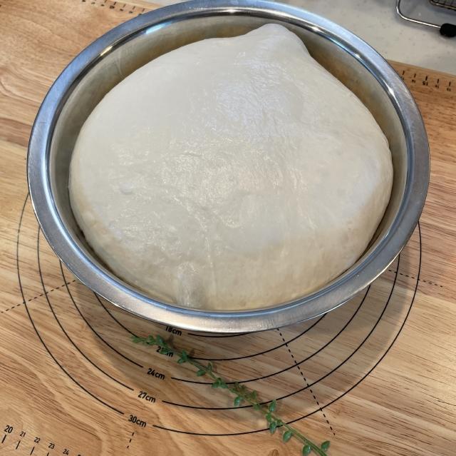 リスドォルで焼くベーコンとたっぷりクリームチーズのバゲット4