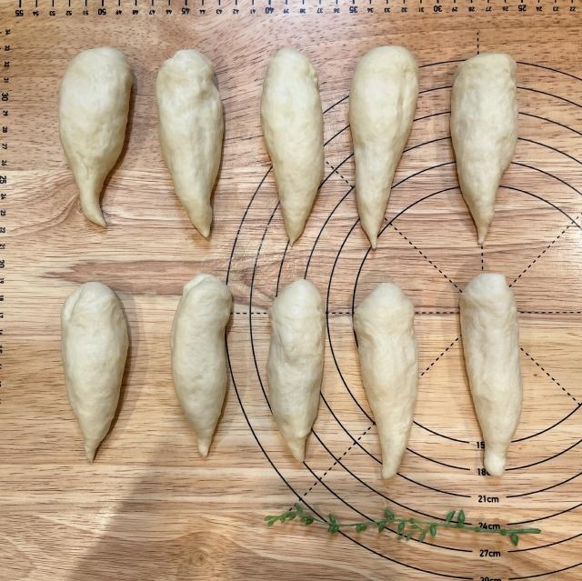 すべてのパンレシピの基本になる定番のバターロール6
